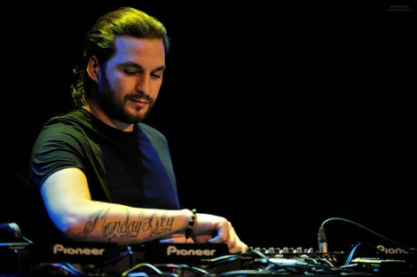 steve-angello-no-headphones
