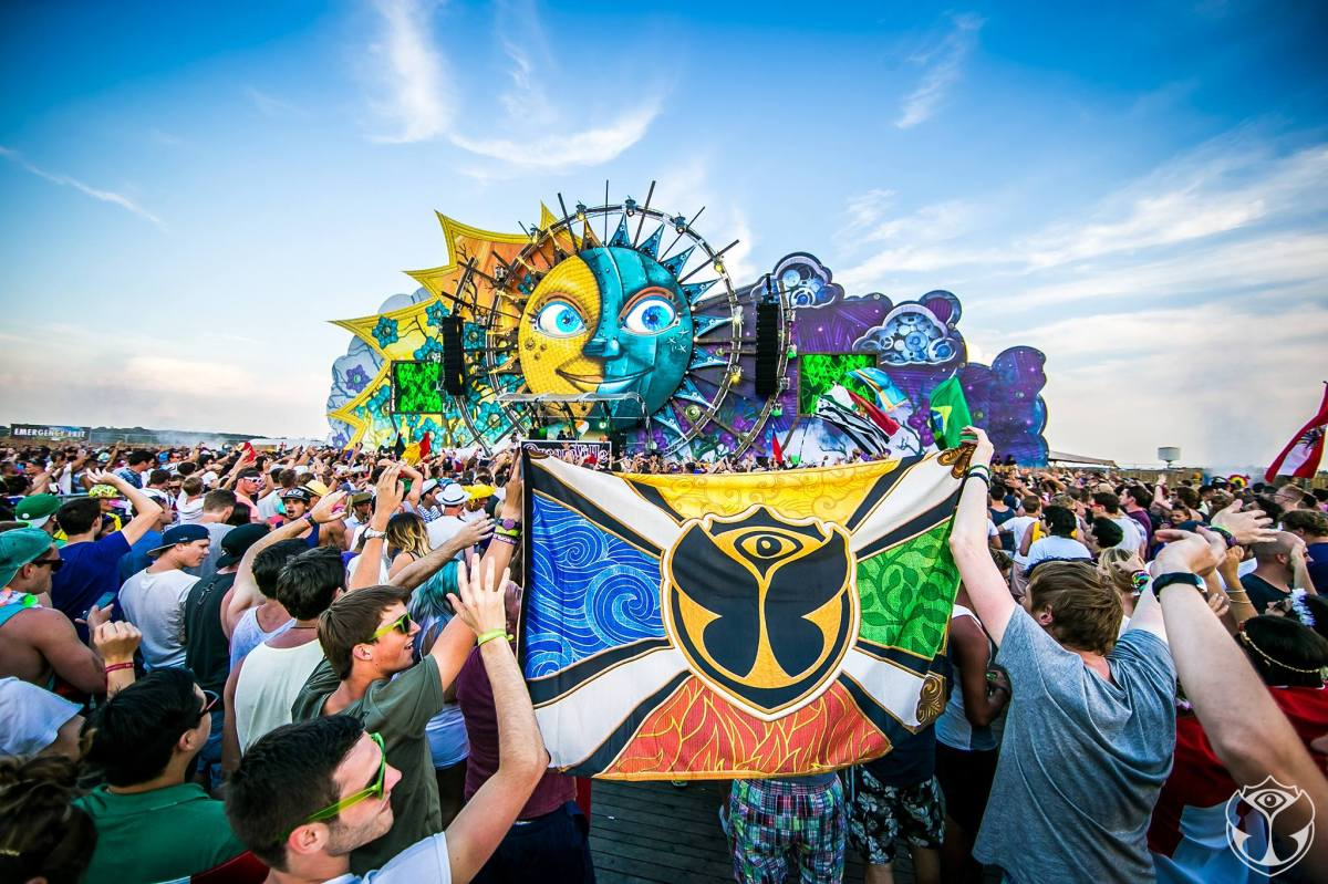 Highlights From Tomorrowland Weekend 2, Day 1!