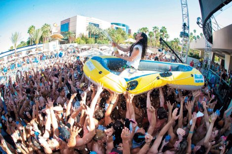 steve_aoki_by_al_powers_powers_imagery