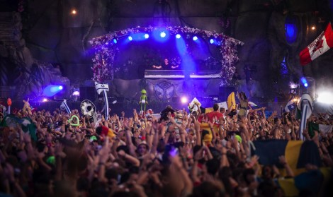 tomorrowland_2013_03