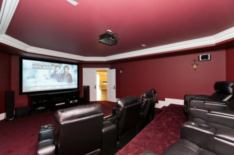 An inbuilt home theatre