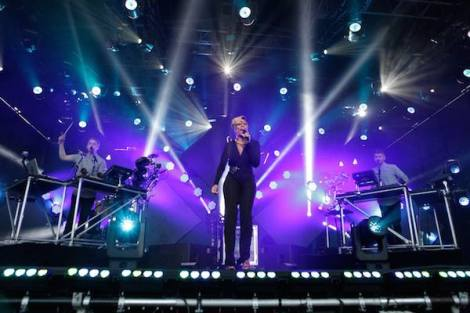 Mary J. Blige Joins Disclosure for Jimmy Kimmel Live Performance.
